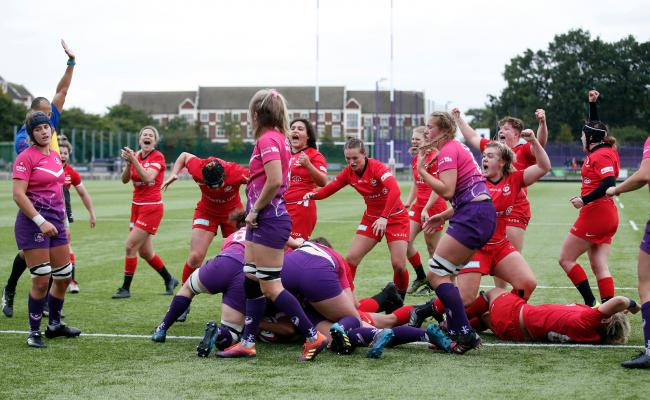 Libby Lockwood scores the winning try for Saracens Women against Loughborough University. Picture: Matt Impey/Wired Photos
