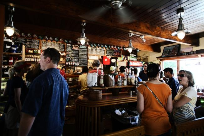 Boris Johnson is expected to announce the plans for pubs reopening on June 23 . Photo: Pixabay