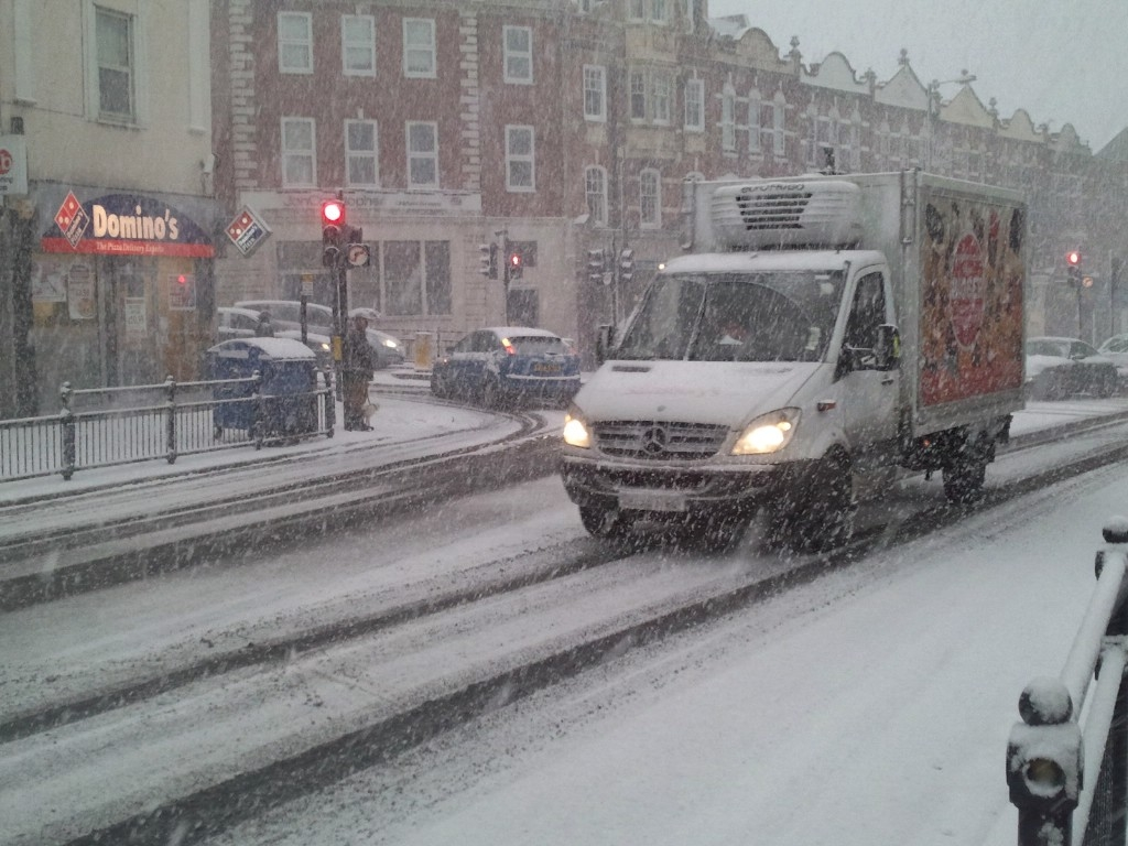 Met Office predicts snow will fall across north London from midday tomorrow
