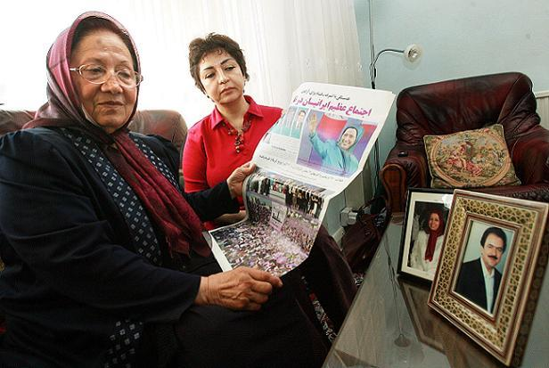 Fatemeh Mohammad, 75, with Director of Association of Anglo-Iranian Women in the UK, Laila Jazayeri