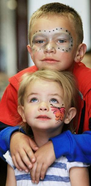 Face_painting_for_childen_in_need