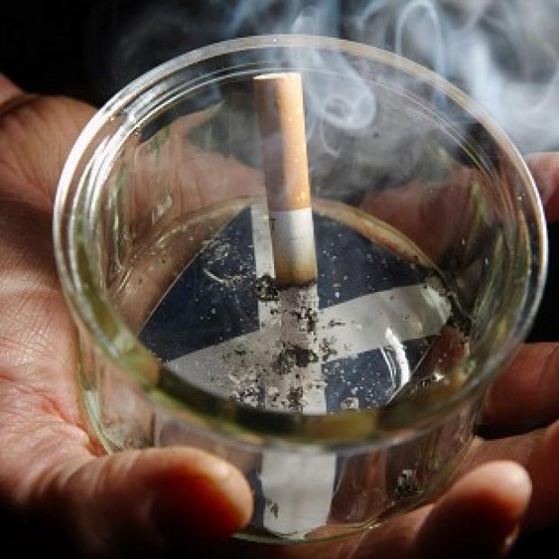 Britain's eight million smokers will be encouraged to kick the habit for 28 days in October