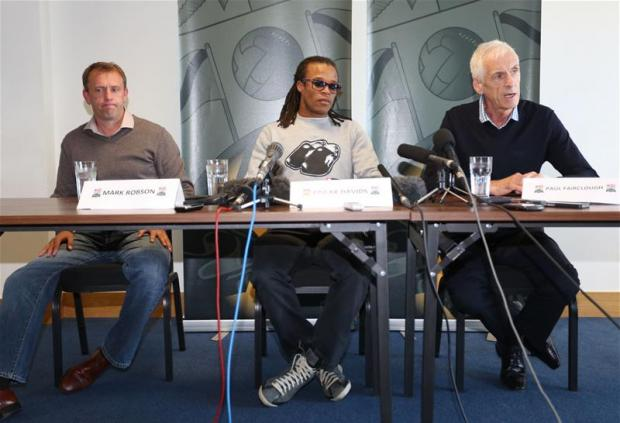 Paul Fairclough (right) has stated Barnet did not break the bank to bring Edgar Davids to the club. Picture: Action Images