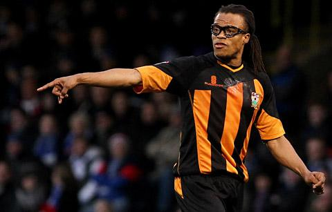Times Series: Former Holland international Edgar Davids points how he wants things done as  player-manager of Barnet