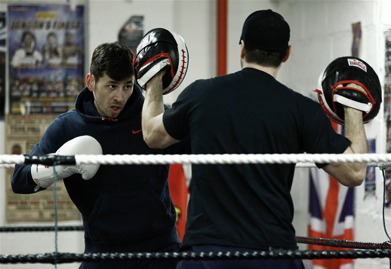 Darren Barker training. Picture: Action Images