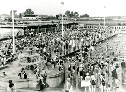 Pool resources: an open-air swimming complex opened by Finchley Council in 1932 had a restaurant, picnic area, two pools and a diving board, making it a summer hotspot