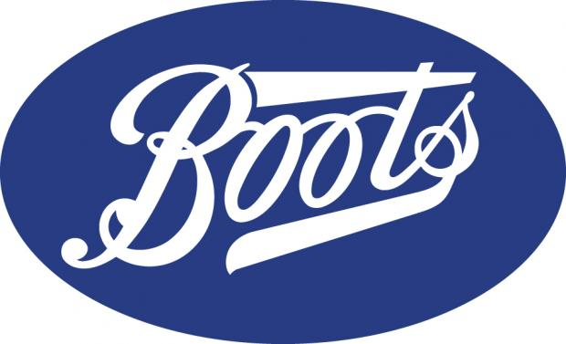 Times Series: Elizabeth Arend make up evening for charity at Boots