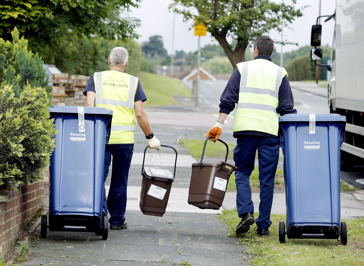 SSI Schaefer was late in delivering more than 11,000 bins to homes across the borough