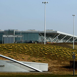 Airport customs 'failings' revealed
