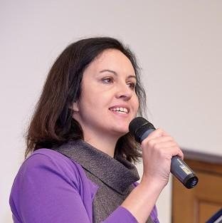 Caroline Flint said a future Labour government would not revisit the contract to build the Hin