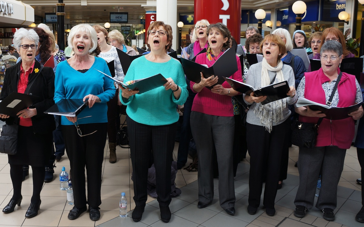 Singers perform charity concert