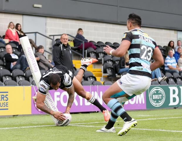 Times Series: Fetuli Talanoa scores for Hull. Picture: Action Images