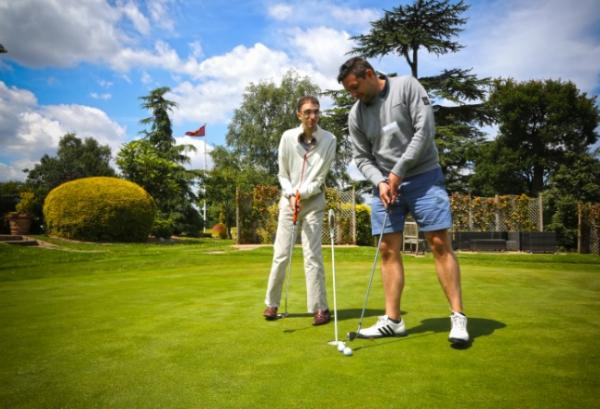 Golfers raise £50,000 for Jewish charity