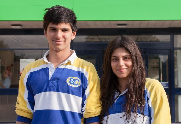 Haris (left) and Anum Bandey (right) will represent Pakistan at the Commonwealth Games.