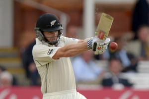 Kane Williamson and Tom Latham enjoy century stand to lift New Zealand in Kanpur