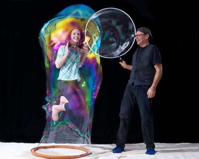 Amazing Bubble Man