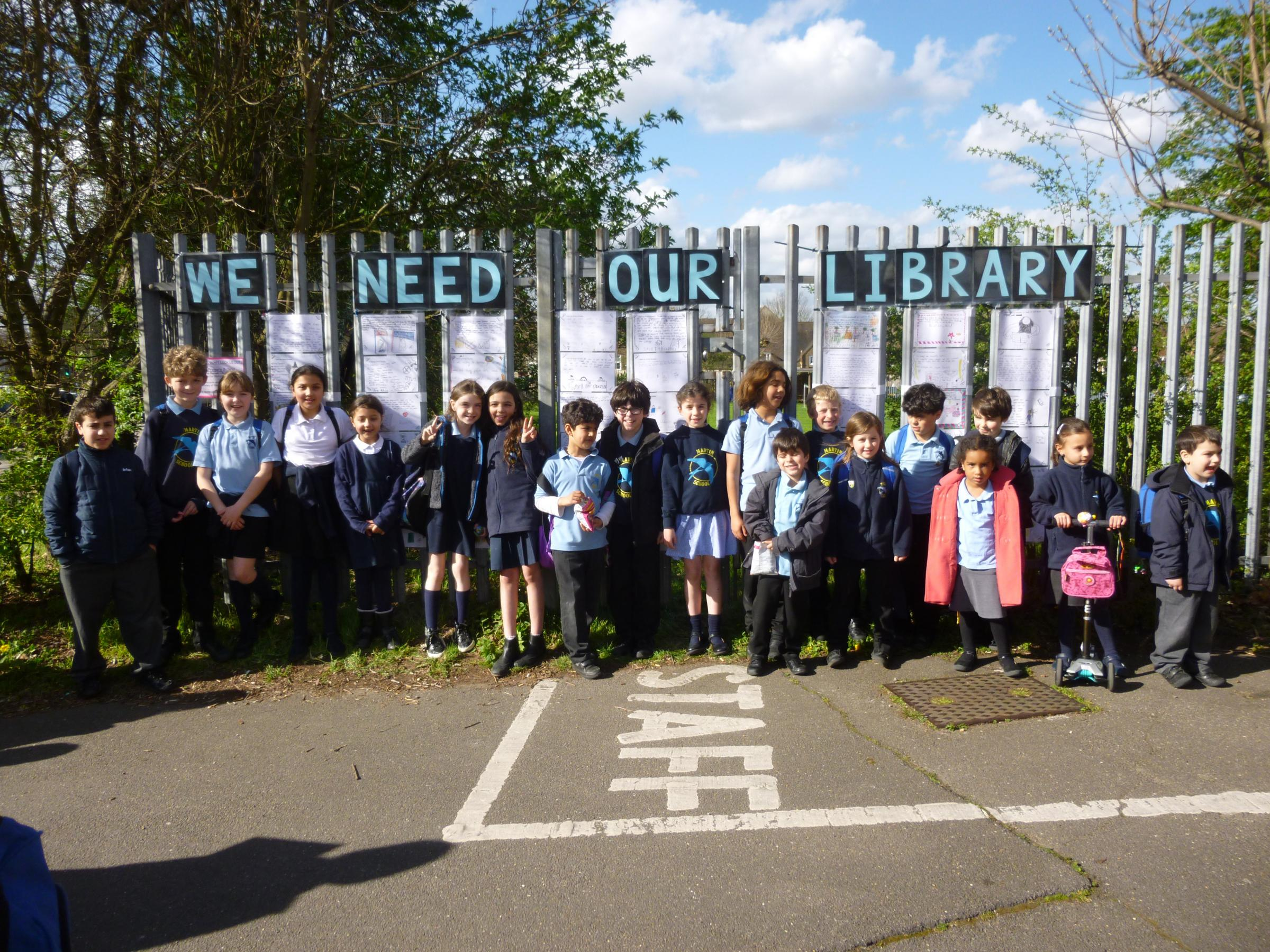 Children campaigning against library cuts
