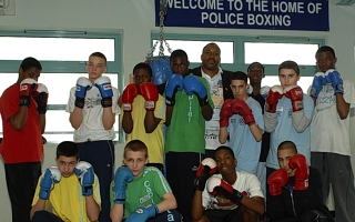 Boxing clever: Tim Witherspoon with Contender students